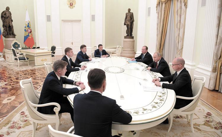 Как коммунисты и либерал-демократы попали к Путину