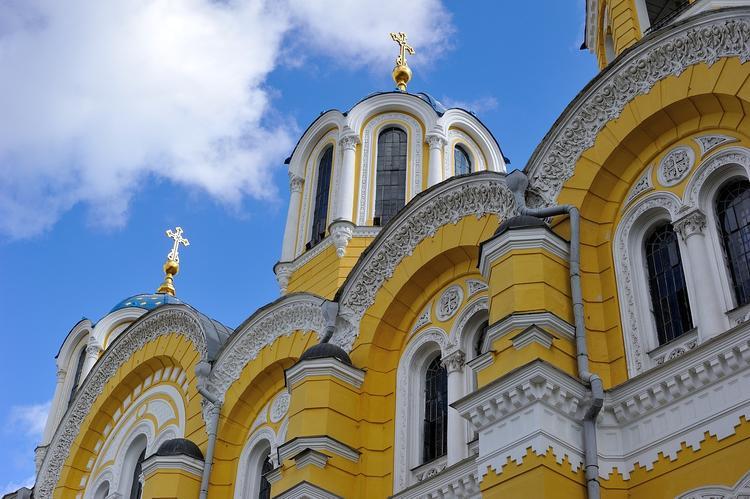 """На Украине предложили спросить у населения, что они думают о """"новой церкви"""""""