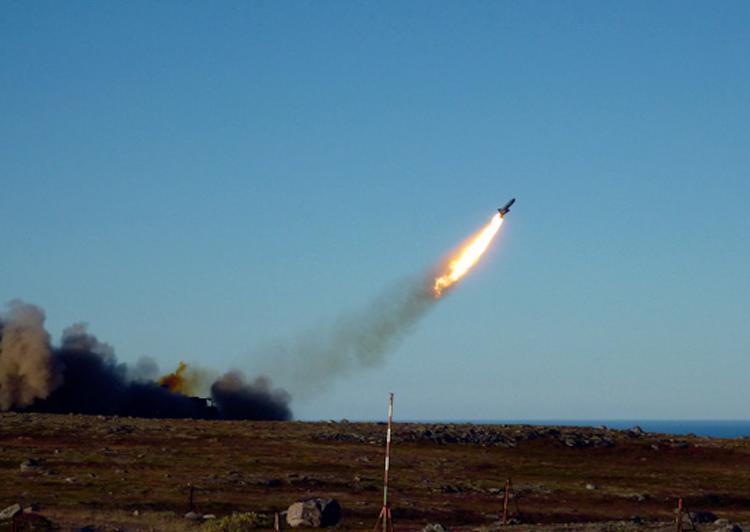 Политолог из-за действий России советует размещать в Европе американские ракеты