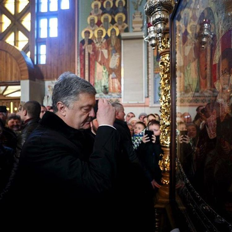 Порошенко поставил под вопрос каноничность РПЦ