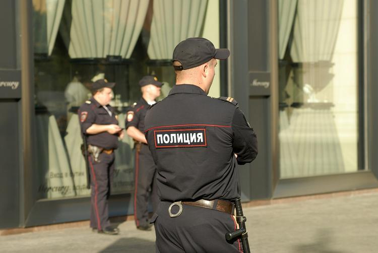 Запрещенные вещества нашли подмосковные полицейские у уроженца Средней Азии