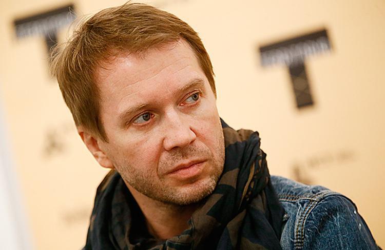 По совету Пугачевой с помощью суррогатной матери у актера Миронова появился сын