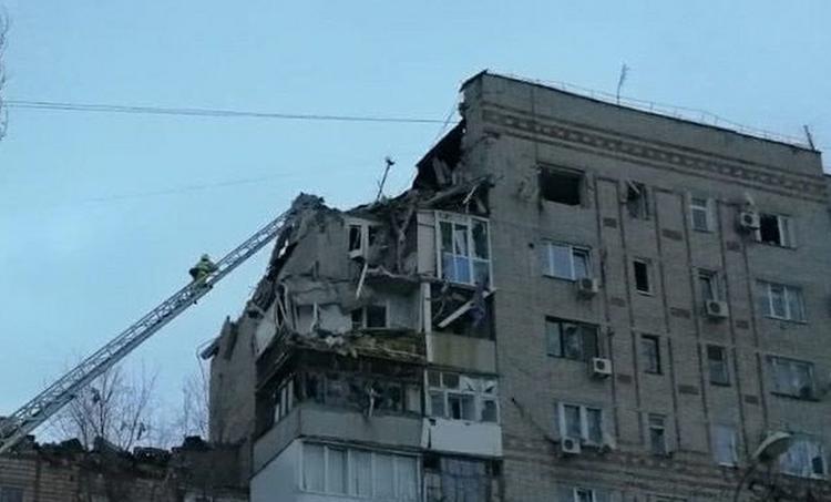 Жилой дом, частично обрушившийся в Шахтах после взрыва, подлежит восстановлению