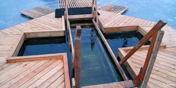 В Москве оборудованы 59 мест для купаний на Крещение (адреса)