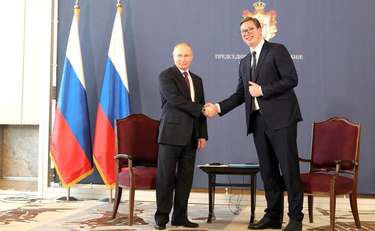 Путин наградил Вучича орденом Александра Невского