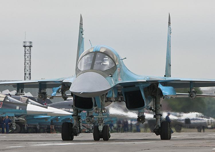 Один из катапультировавшихся летчиков Су-34 найден на плоту