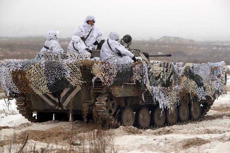 Возможные признаки подготовки армии Украины к вторжению в Донбасс назвали в сети
