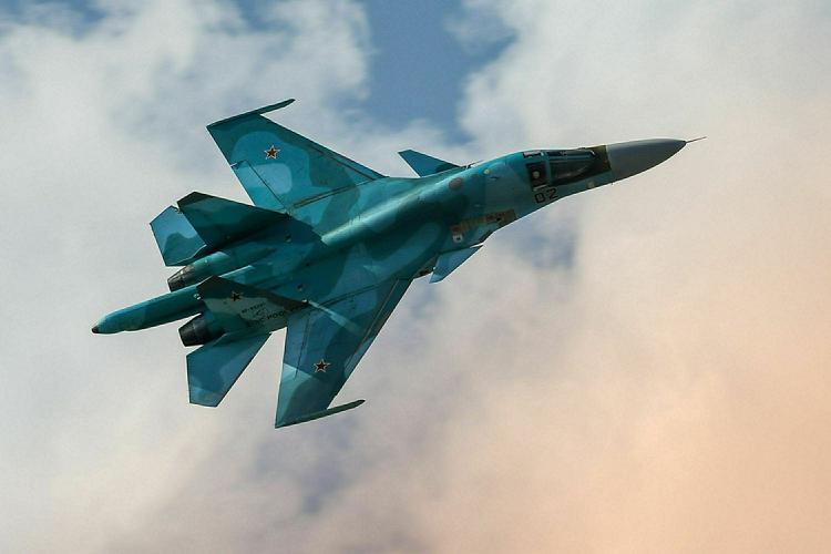 Спасатели нашли в Японском море тело летчика Су-34