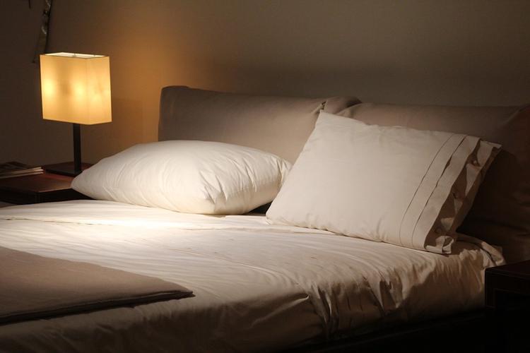Ученые: долгий сон может быть очень опасен для беременных женщин