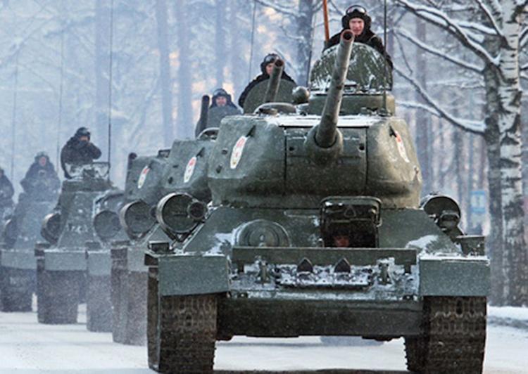 Под Владимиром встретили состав с танками Т-34 из Лаоса