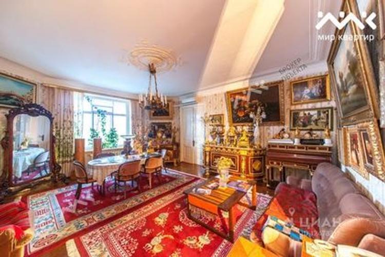 Квартиру композитора Шостаковича выставили на продажу