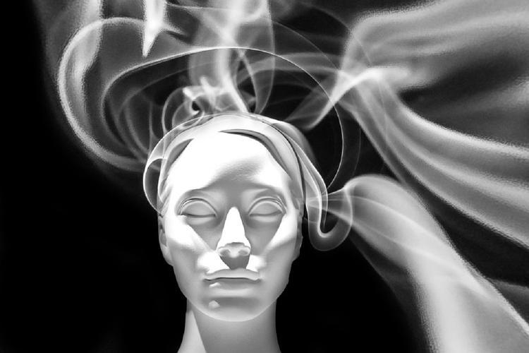 Телепатия: в России тестируют аппарат для чтения мыслей