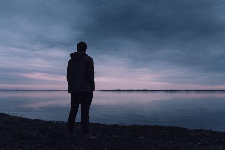 Американские ученые разрабатывают таблетки от одиночества