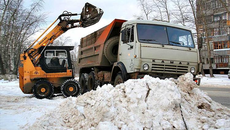Иркутские дворы: кто отвечает за снег?
