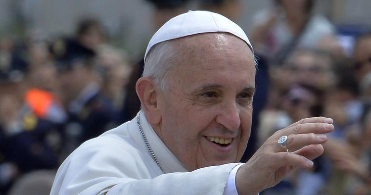 Кому Эмираты - папа, а кому Европа -мама. Католики и мусульмане меняются местами