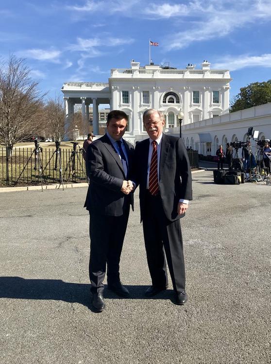 Павел Климкин советовался в США  с Болтоном по поводу выборов на Украине