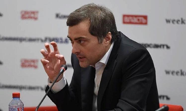 """Сурков рассказал о """"большой политической машине Путина"""""""