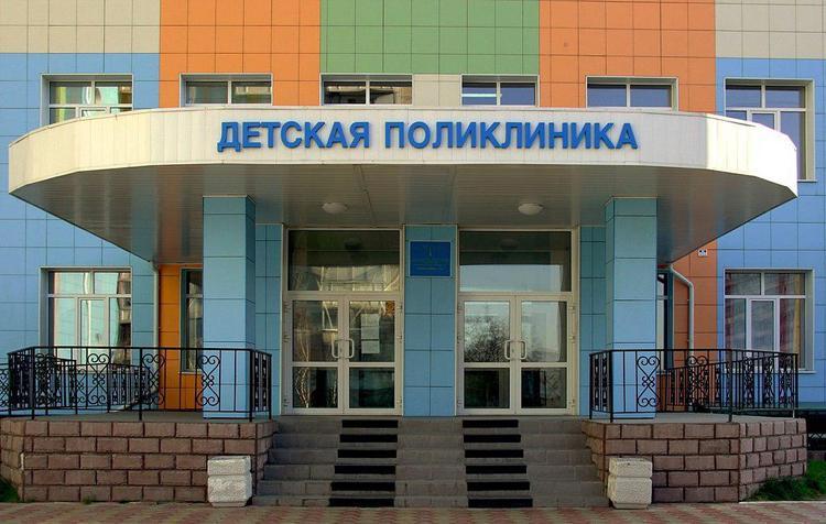 Кировские врачи ультиматумом вызволили своего главврача из тюрьмы