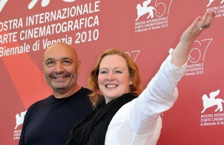 Юлия Ауг хочет вернуться в Венецию втайне от всех