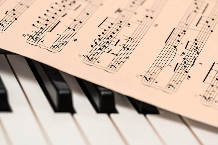Нейросети грозят вытеснить живых исполнителей с музыкального рынка?