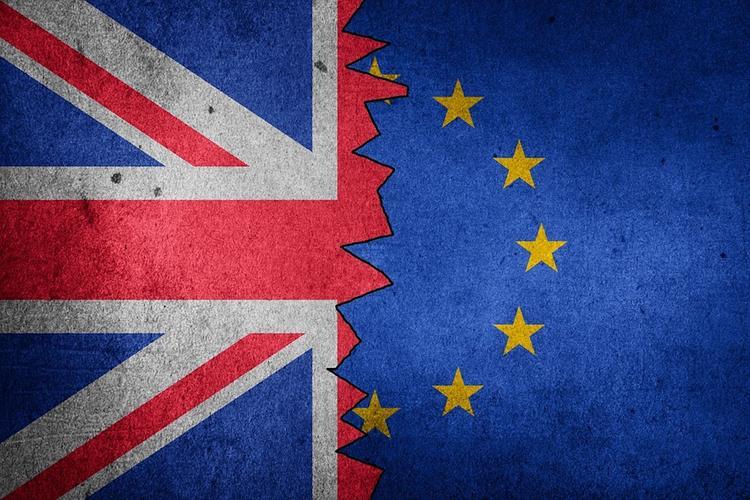 СМИ: Мэй планирует провести четвертое голосование в парламенте по сделке Brexit