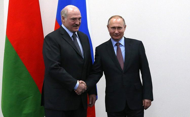 В Кремле прокомментировали сообщение о выдаче кредита Минску для погашения долга перед Россией