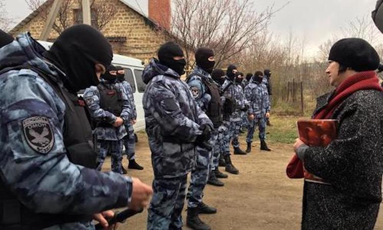 В Крыму продолжаются  операции по задержанию  участников террористической  партии