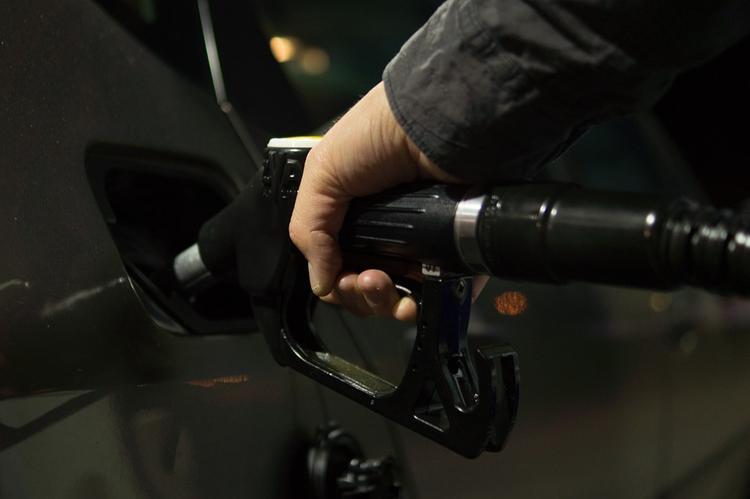 Цены на бензин сдерживать не удалось