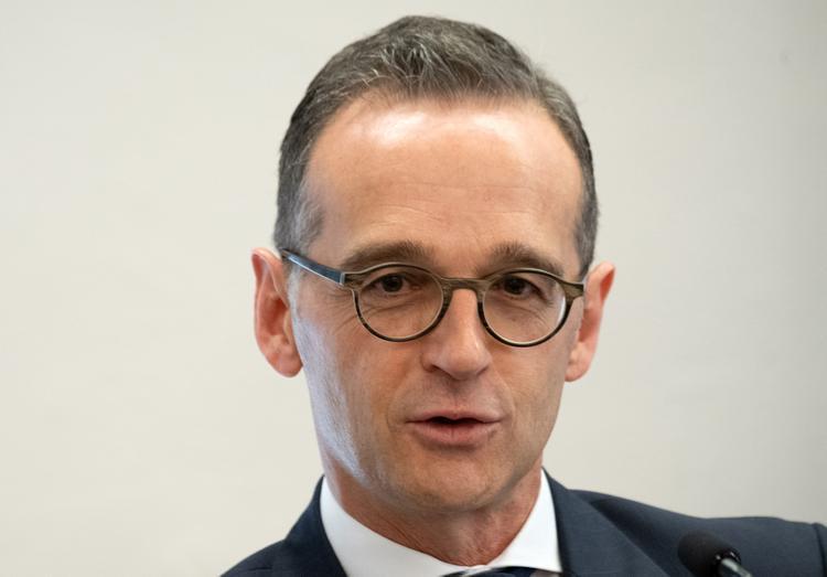 В МИД ФРГ призвали не обрывать диалог с Россией