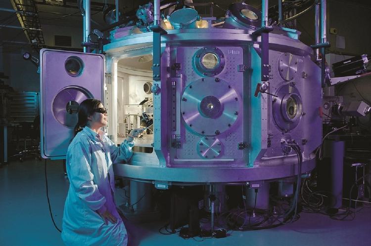 Научным сотрудникам собираются повысить зарплаты