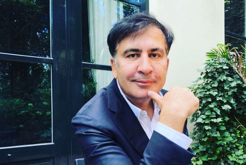 Саакашвили решил взять Порошенко на слабо