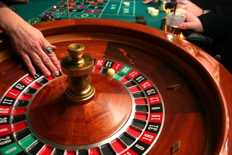 Как разводят в казино онлайн налоги на игровые автоматы