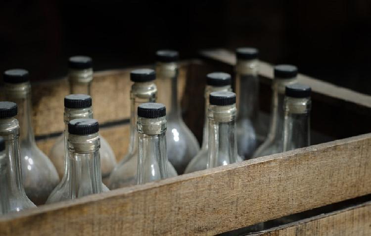 Спиртное хотят запретить продавать на кассах