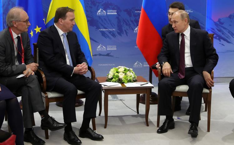 """Путин назвал поправившего его переводчика """"бандитом """""""