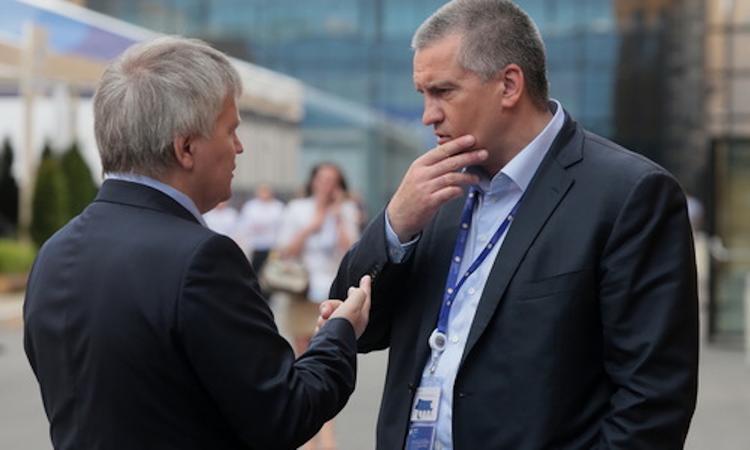 Сергей Аксенов  в Крыму пообещал административный террор: за невыполнение поручений  будут конкретные решения