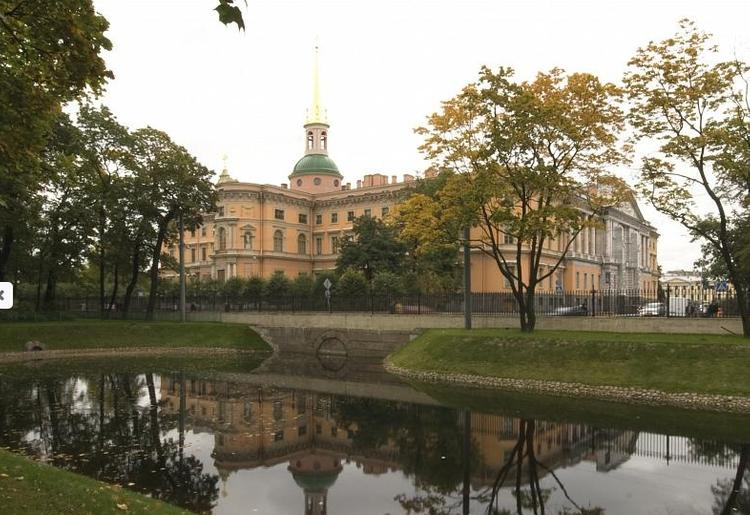В филиале Русского музея Санкт-Петербурга опровергли сообщение о краже скульптуры