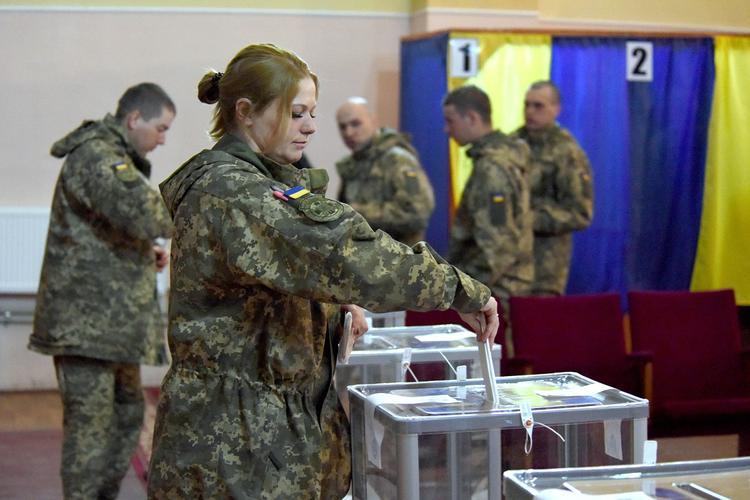 Киевский политолог выявила главную угрозу для Зеленского во втором туре выборов