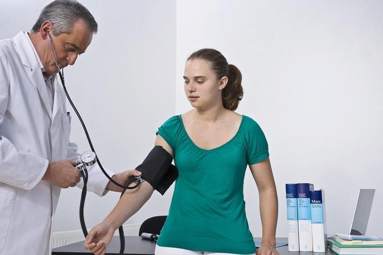 Девять способов снижения артериального давления без лекарств назвали специалисты