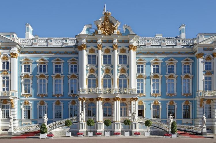 В Петербурге введут туристический сбор