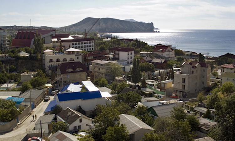 Бывший мэр Судака Владимир Серов объявлен в розыск из-за махинаций с земельными участками
