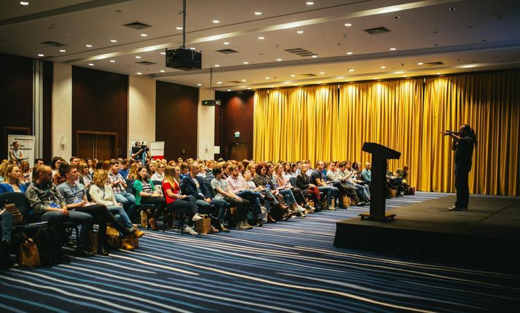 Уральский форум по маркетингу SMM Ural поддержала социальная сеть ВКонтакте