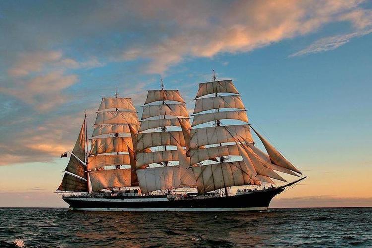 Почему Эстония не пустила крымский корабль и сожалеет об этом