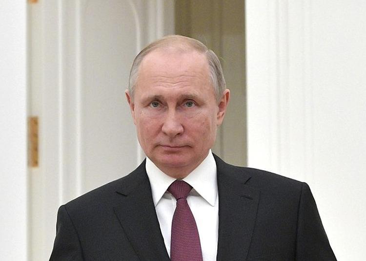 Стало известно, сколько Владимир Путин заработал в 2018 году