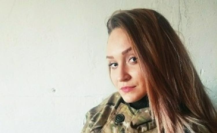Во время атаки ВСУ 23-летняя санинструктор армии ДНР приняла огонь на себя и погибла