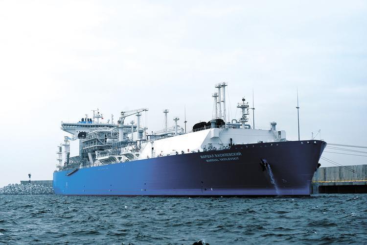 «Маршал Василевский» спасает Европу от газового кризиса
