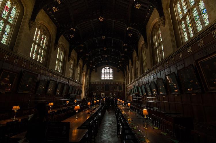"""В американской школе запретили Гарри Потера из-за """"настоящих заклинаний"""""""
