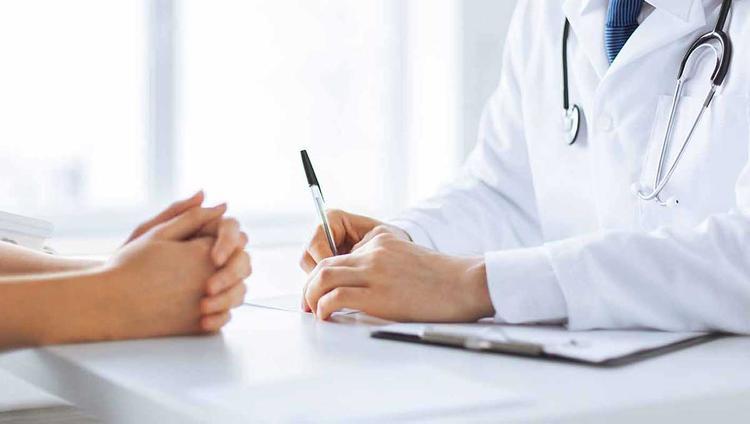 Медицина: что положено по полису бесплатно?