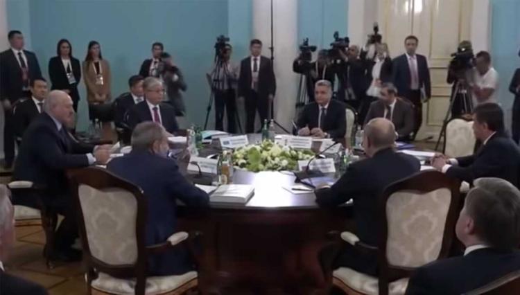 Лукашенко и Путин заговорили о барьерах