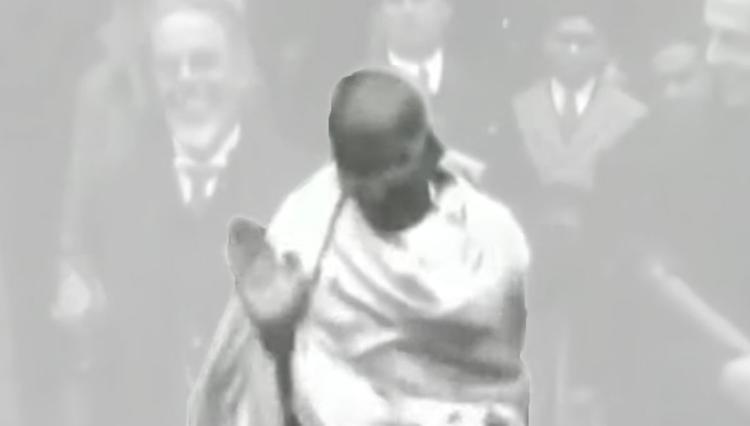 Воры не смогли похитить прах Махатмы Ганди, потому что его не было
