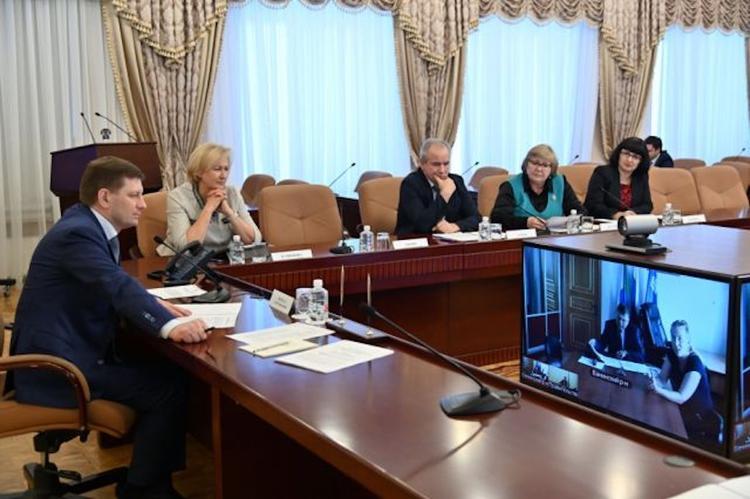 Глава Хабаровского края посулил рост бюджетных доходов на 12 млрд руб